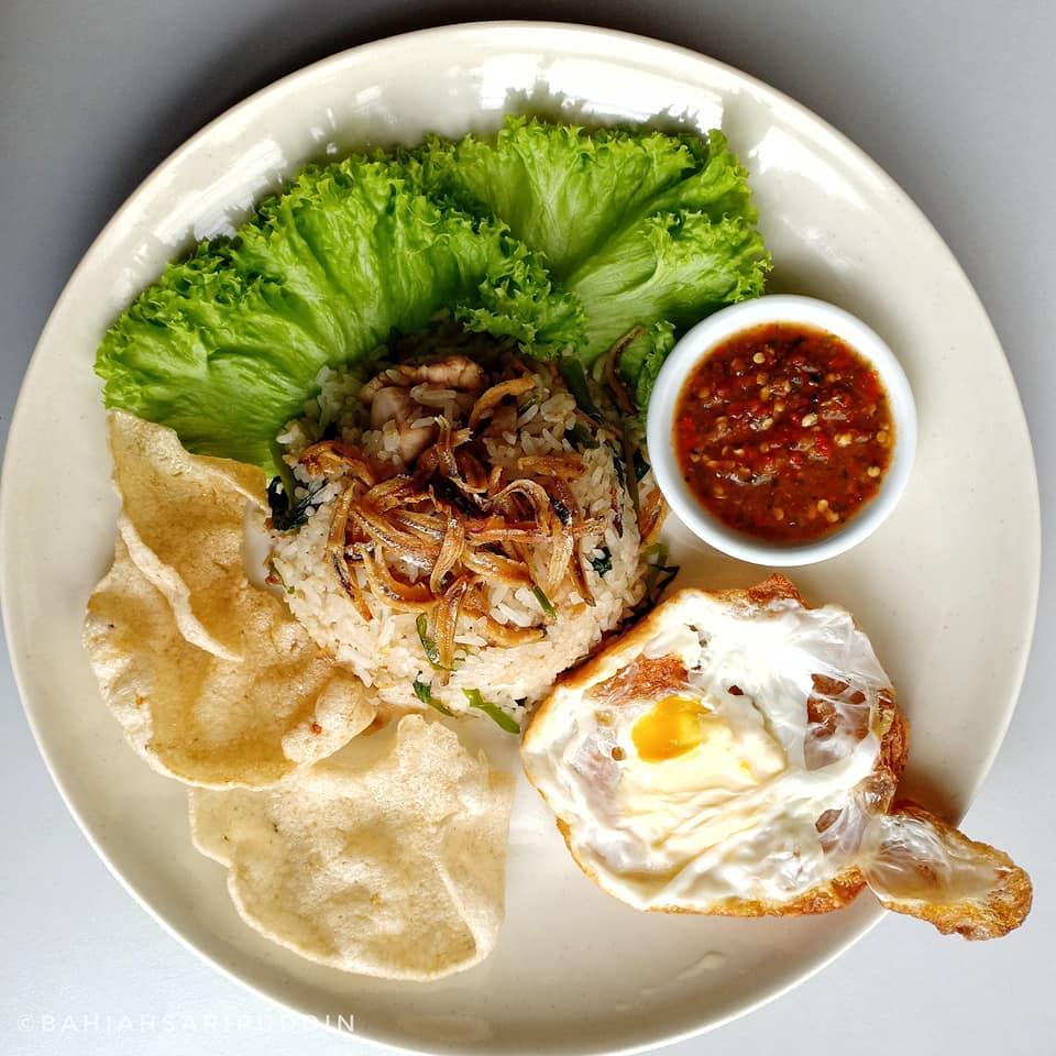resepi nasi goreng kampung  umphh sedap dimakan  sambal belacan kitpramenulis Resepi Bihun Goreng Kampung Enak dan Mudah