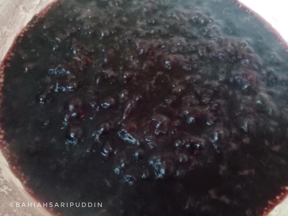 resepi-bubur-pulut-hitam-13 Resepi Bubur Pulut Hitam Mudah Sedap Dimakan Santai Bersama Keluarga