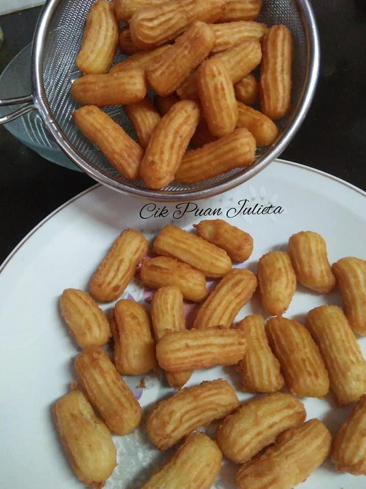 resepi-churros-3 Resepi Churros Sedap, Lembut dan Rangup Disaluti Sos Coklat. Aumm Yummy.