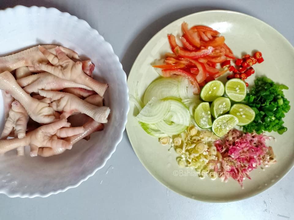 resepi-kerabu-kaki-ayam-simple-2 Resepi Kerabu Kaki Ayam Simple Sahaja. Lagi Sedap Kalau Diratah Begitu Sahaja