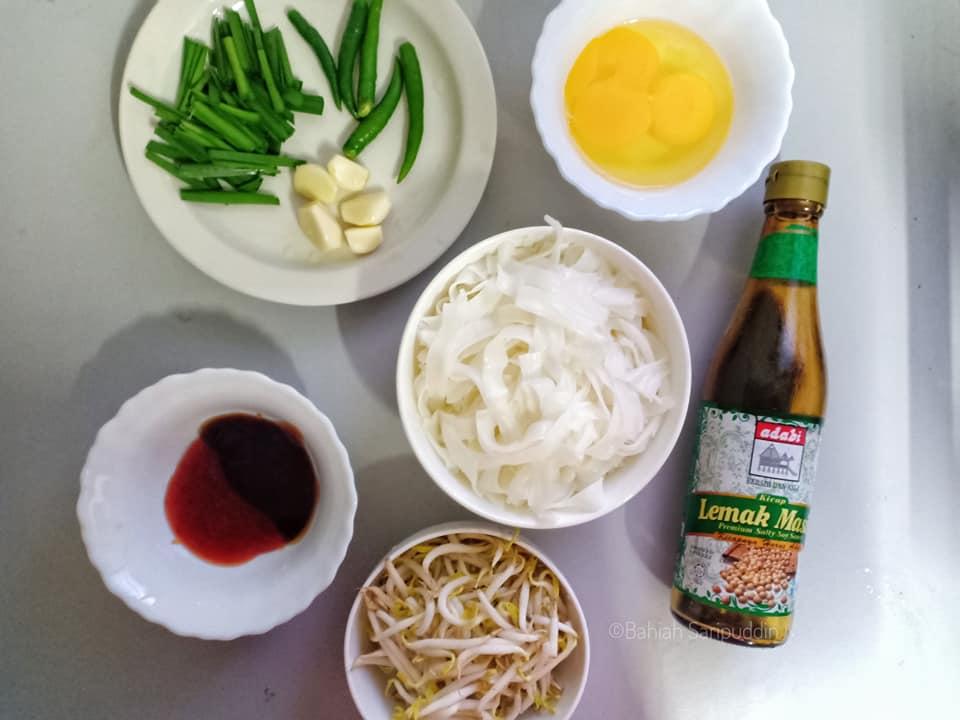 resepi-kuey-teow-goreng-11 Resepi Kuey Teow Goreng Kering Sedap Dan Simple Jer. Pasti Menjadi Kegemaran Semua