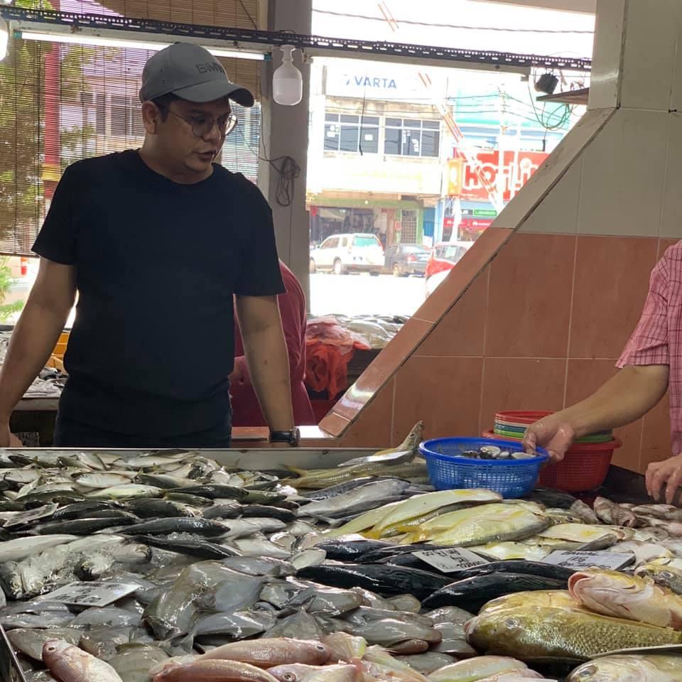 tips-memilih-ikan-segar-di-pasar-2 Tips Memilih Ikan Segar Di Pasar. Dulu Tak Tahu Sekarang Gerenti Tahu.